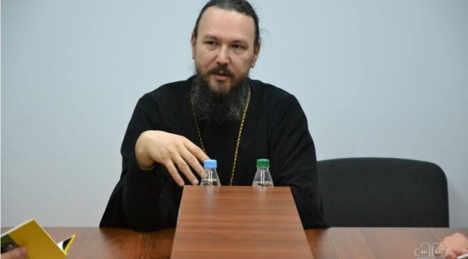В Якутской семинарии состоялся творческий вечер протоиерея Павла Великанова