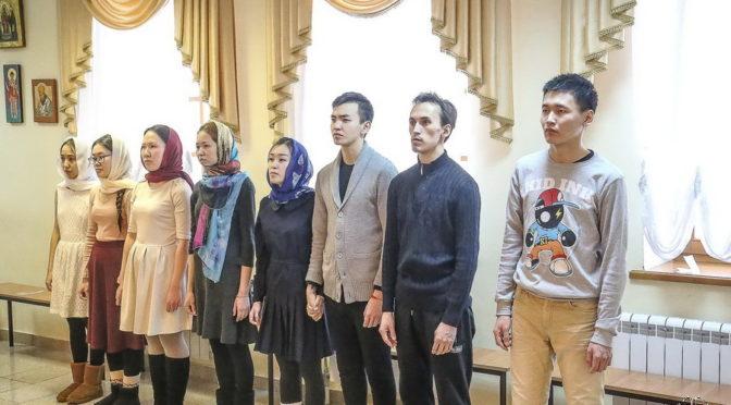 Студенты семинарии стали восприемниками для студентов Якутского колледжа культуры и искусств