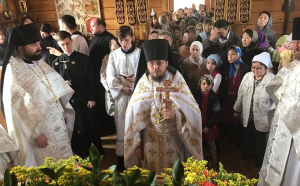 Преподаватели и студенты приняли участие в праздничном богослужении престольного праздника в Спасском мужском монастыре города Якутска