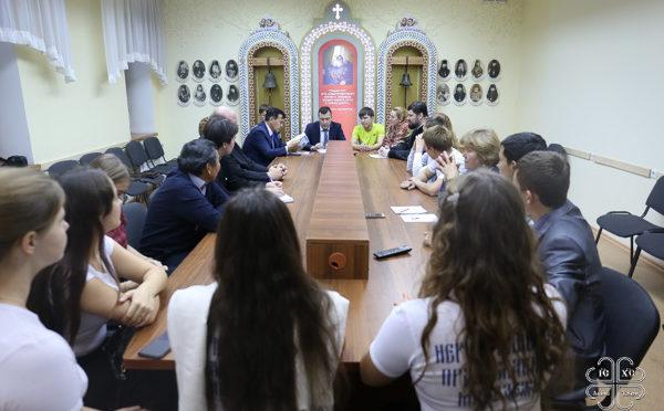 Состоялся круглый стол с участием представителя министерства по развитию Дальнего Востока и православной молодежи