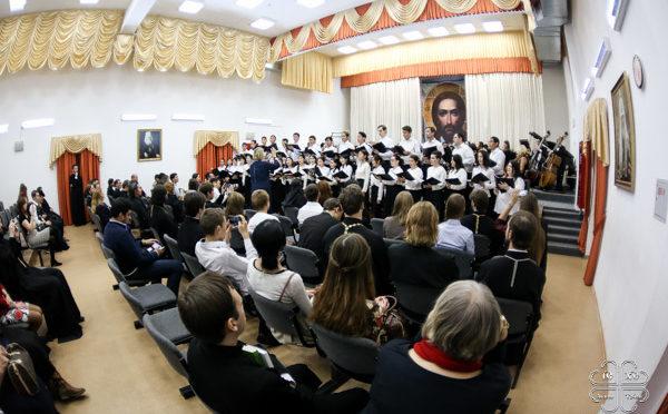 Концерт в честь 220-летия со дня рождения святителя Иннокентия состоялся в Якутской духовной семинарии