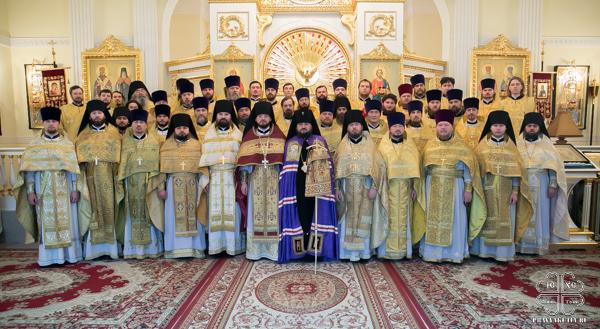 Все духовенство Якутской епархии собралось на молитву за Божественной Литургией в храме семинарии