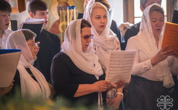Славить Бога – словом и пением! Литургия в день памяти святых равноапостольных Кирилла и Мефодия
