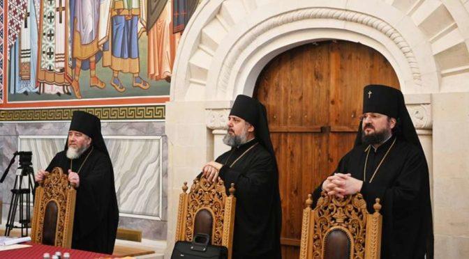 Ректор Семинарии — архиепископ Якутский и Ленский Роман — принял участие в заседании Священного Синода