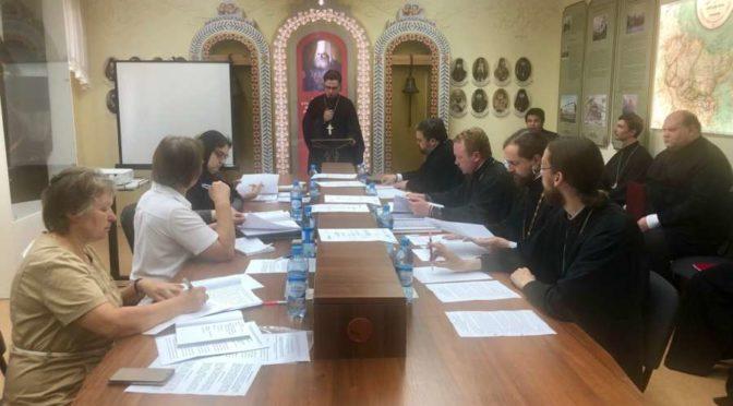 В Якутской духовной семинарии состоялась защита выпускных квалификационных работ