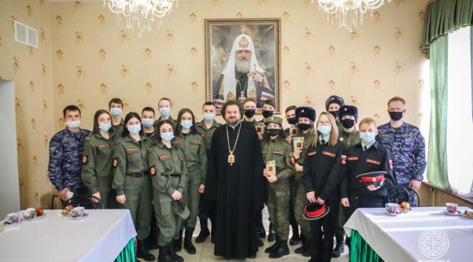 Ректор Семинарии встретился с членами православного военно-патриотического клуба «Молодая Якутия»
